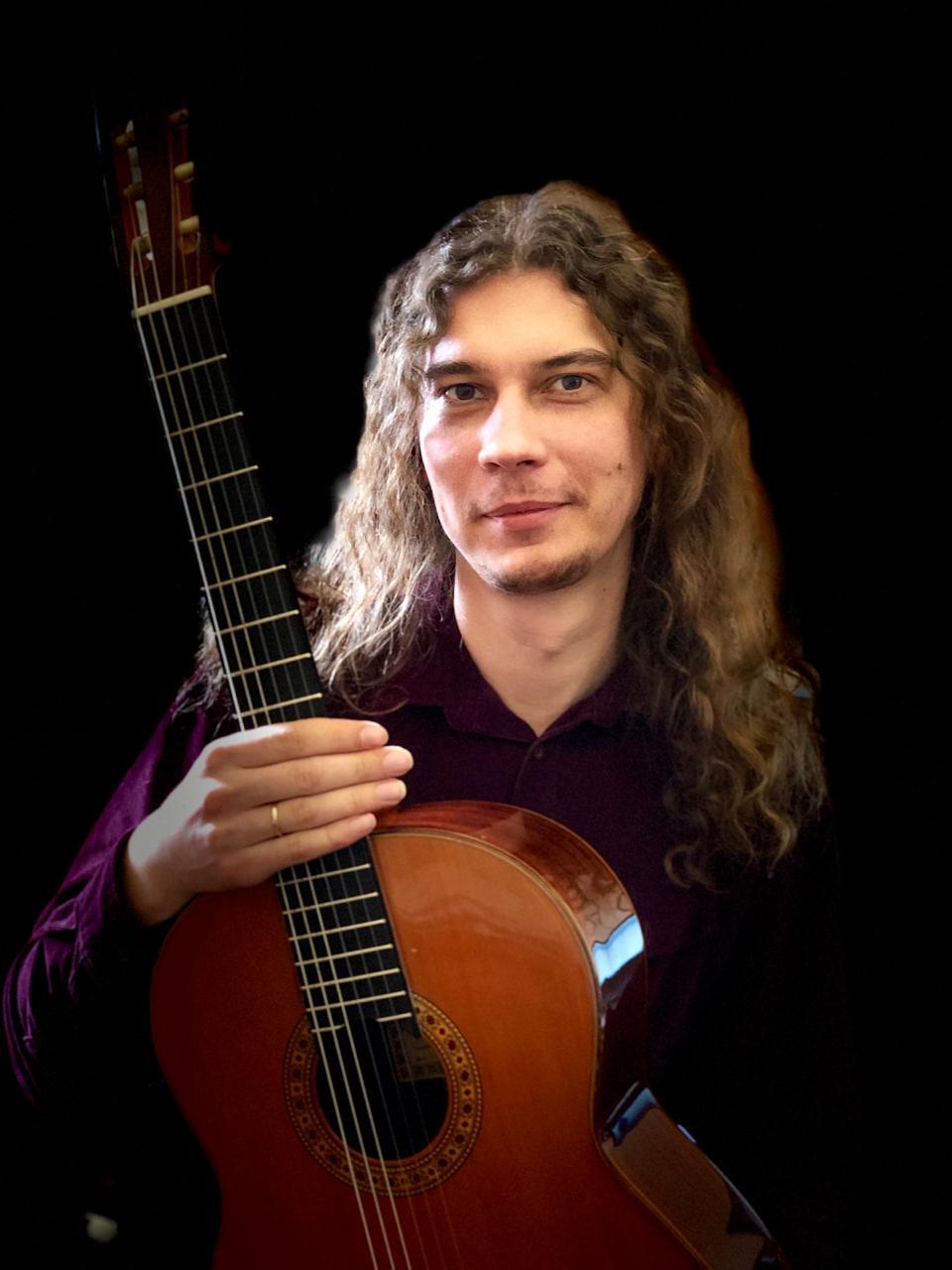 Александр Учеваткин